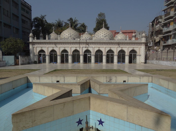 Sitara Masjid (Star Mosque), redecorated in the 1960's with china tiles from England and Japan