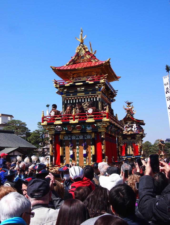 The resplendent Takayama Floats