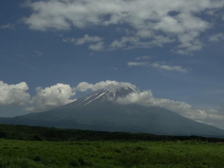 Mount Fuji-san, beautiful.