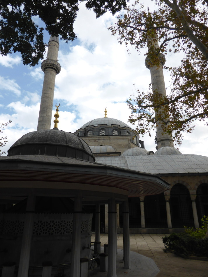 The heart of the delightful Atik Valide Complex - the Atik Valide Mosque and ablutions fountain in the courtyard
