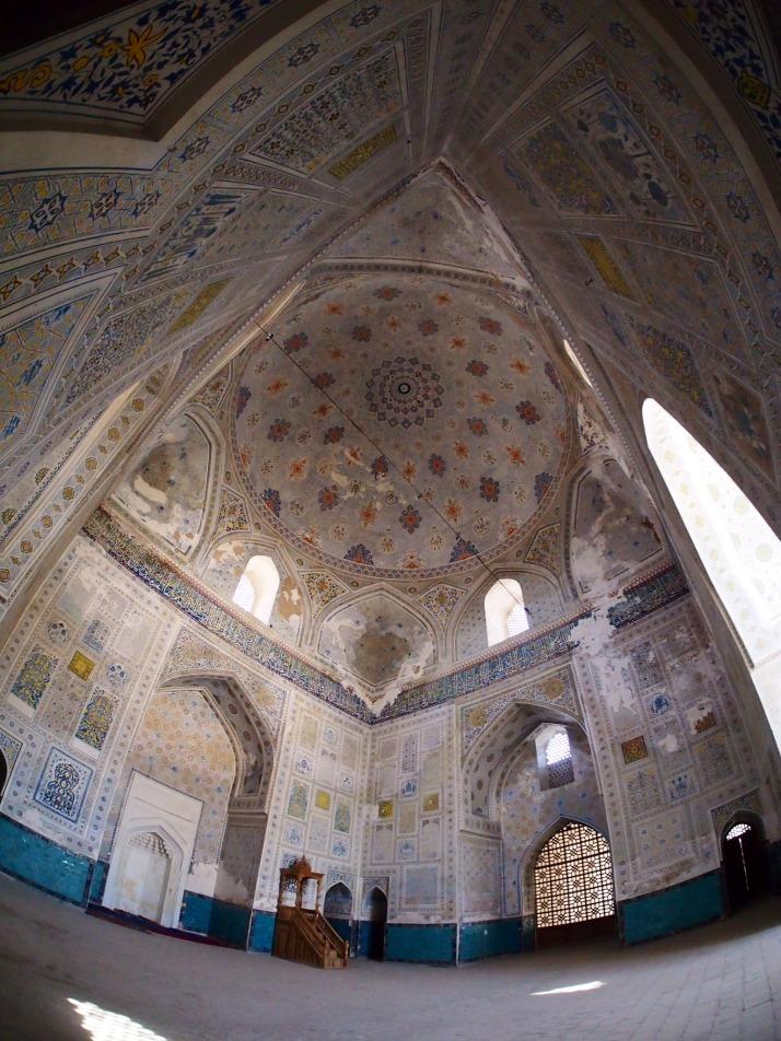 Kok Gumbaz Mosque interior