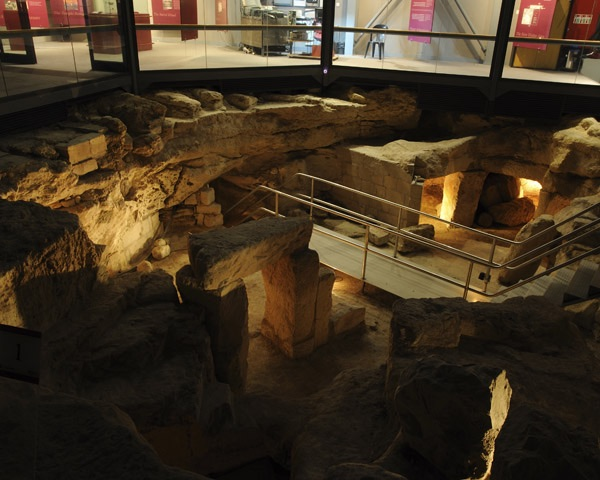 Hypogeum top level