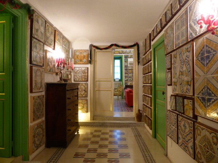Entrance hallway, Stanze al Genio tile museum, Palermo, Sicily