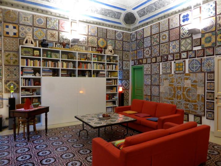Living room, Stanze al Genio tile museum, Palermo, Sicily