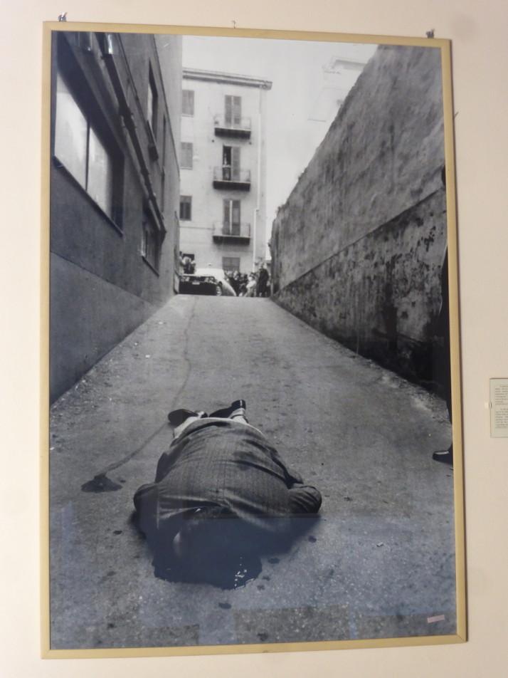 Photograph of Mafia killing