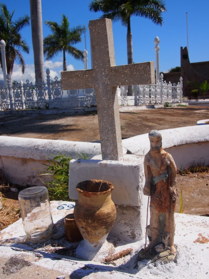 Grave decorations, Trinidad
