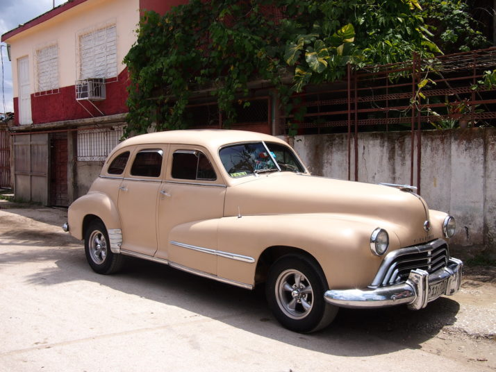 Oldsmobile 98 Second Generation, Holguin