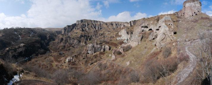 Khndzoresk, Armenia